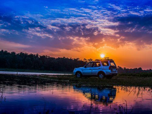 Mau Road Trip Seperti Sam & Happy di Film Kulari Ke Pantai? Siapkan 5 Pos Ini!
