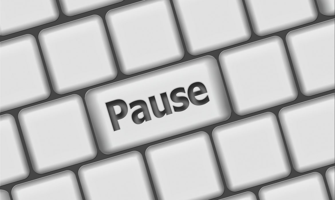 #FinClic Pause Button