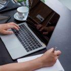 FCOS vs Levio: Mau Belajar Finansial dari Mana Dulu?